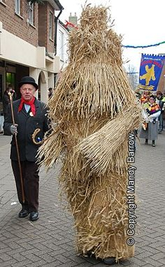 Plough Monday During the 19th century Straw Bears - men or boys clothed in a layer of straw - were a familiar Plough Monday. In some places, instead of dragging a decorated plough, one of the farm labourers dressed as a straw bear and along with other farm labourers would beg door to door for money. The bear is a man covered from head to foot in a straw costume that weighs about five stone.