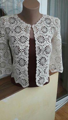 24 Ideas For Crochet Lace Flower Pattern Cardigan Sweaters Crochet Bolero Pattern, Gilet Crochet, Crochet Coat, Crochet Jacket, Crochet Stitches Patterns, Crochet Blouse, Crochet Motif, Crochet Clothes, Cardigans Crochet