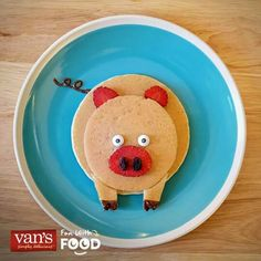 No better way to start the day than with breakfast-time smiles! No better way to start the day than with breakfast-time smiles! Food Art For Kids, Cooking With Kids, Cute Food, Good Food, Yummy Food, Pancake Art, Pancake Ideas, Pancake Recipes, Breakfast For Kids