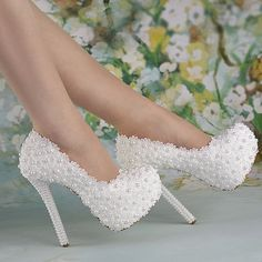 heel white pearl lace flowers platform heels wedding shoes Bridal high size oohhh Katie---here u go! Wedding Shoes Bride, Wedding Boots, Wedding Shoes Heels, Prom Shoes, Lace Up Heels, Bridal Shoes, Wedding White, Wedding Hair, High Heels