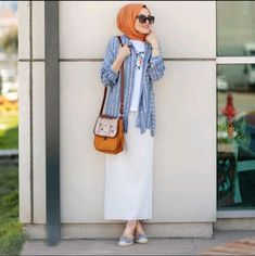63 new ideas for fashion hijab remaja rok – Hijab Fashion 2020 Hipster Outfits, Mode Outfits, Skirt Outfits, Stylish Outfits, Hijab Casual, Hijab Chic, Muslim Fashion, Modest Fashion, Skirt Fashion