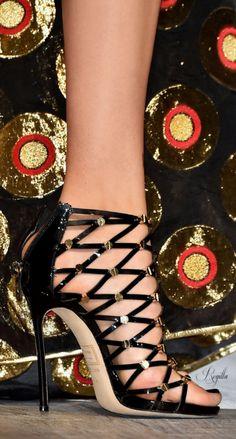 Inspiração fashion shoes #moda #dechelles http://instagram.com/dechelles