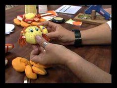 20120703 Peso de porta em flor 2 - YouTube