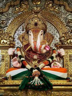 Dagdusheth Ganpati, Ganpati Bappa, Ganesh Photo, Ganesh Lord, Lord Shiva Hd Wallpaper, Shree Ganesh, Ganesha Art, Durga Goddess, God Pictures