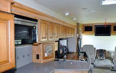 2010 Winnebago Adventurer 37F, Class A - Gas RV For Sale in Diamondhead, Mississippi   RVT.com - 387716 Overhead Storage, Rv For Sale, Refrigerator Freezer, Step Inside, Adventurer, King Beds, Washer And Dryer, Mississippi, Living Area