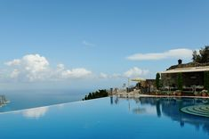 Read about our stay at one of the most beautiful hotels in the world: The Belmond Hotel Caruso in Ravello, Italy.