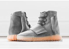 The adidas Yeezy Boost 750 was the first sneaker released by adidas, designed by Kanye West. The high-top sneaker features a full suede upper, dynamic mid-foot strap, full zipper running up the back heel, perforated vamp and a Boost cushioned sole. Moda Sneakers, Sneakers Mode, Best Sneakers, Sneakers Fashion, Fashion Shoes, Women's Fashion, Runway Fashion, Fashion Models, Popular Sneakers