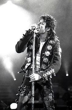 -Nesrine  Michael Jackson dood..