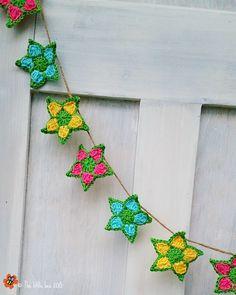 Free crochet pattern for garden star garland