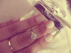 nude nails♥♥  http://nathysays.blogspot.com.br