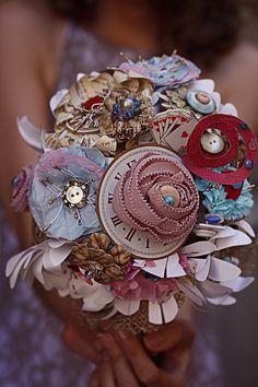 Silver Pâques Pastel printemps Fleur Bouquet Strass Panier Broche Bijoux