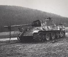 Panzerkampfwagen V Panther Ausf. G (Sd.Kfz. 171) from Panzer-Regiment 16. Battle of the Bulge, 1944