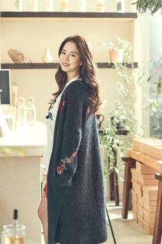 Song Ji Hyo for Sisley Running Man Korean, Ji Hyo Running Man, Korean Actresses, Korean Actors, Actors & Actresses, Beautiful Celebrities, Beautiful Actresses, Korean Girl, Asian Girl