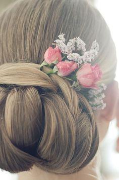 Shabby Chic hair...LOVE!
