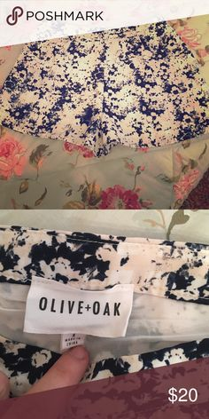 Loose comfortable floral shorts! Very loose fitting shorts. They have a zipper on the side to loosen them up to take them on and off. They are a size small. Worn them only once Olive & Oak Shorts