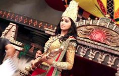 Rudhramadevi flick review