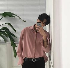 #ulzzang #ulzzangboy #cute #asian #selfiemirror #pastelpink #iphone5