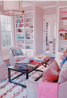 Lastest Home Design. Getting Bored With Your Home? Use These Interior Planning Ideas. Many people want to update their homes, but are unsure of where to start. There are many simple ways to learn about decorating your space. Room Ideas Bedroom, Bedroom Decor, Bedroom Inspo, Cute Room Decor, Decoration Inspiration, Decor Ideas, Aesthetic Room Decor, Pink Aesthetic, Dream Rooms