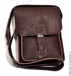 Мужские сумки ручной работы. Ярмарка Мастеров - ручная работа. Купить Мужская сумка из натуральной кожи S1. Handmade. Коричневый
