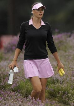 Maria Verchenova Our Residential Golf Lessons are for beginners,Intermediate & advanced . Our PGA professionals teach all our courses in a incredibly easy way to learn and offers lasting results at Golf School GB www.residentialgolflessons.com