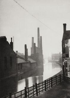 E.O. Hoppe, The Canal, Manchester, Lancashire, 1925