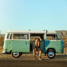 On-the-road essentials for the next big festival weekend. Best Picture For vanlife ausbau For Your Taste You are looking for something, and it is going to tell you exactly what you are … Volkswagen Bus, Vw Bus T2, Bus Camper, Vw T1, Vw Camping, Motorcycle Camping, Festival Looks, Chevy, Volkswagen Minibus