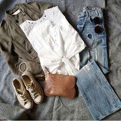 """458 """"Μου αρέσει!"""", 3 σχόλια - styliciouss Life (@styliciousslife) στο Instagram: """"✔✔Start your day with the perfect outfit✔✔ . Clothes : @zara Bag : @mango Shoes : @converseallstar…"""""""