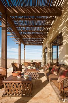 Tour Ted Turner's Hacienda-Style Home in New Mexico Architectural Digest ~ Ted Turner's Home Southwestern Home, Southwest Decor, Southwest Style, Architectural Digest, Porch Shades, Hacienda Style Homes, Mexican Furniture, Mexico House, New Mexico Homes