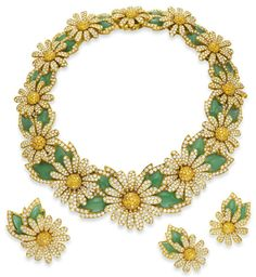 Elizabeth Taylor's Daisy Parure: diamond, colored diamond, and chrysoprase Reine Marguerite necklace, earrings, and brooch - Van Cleef & Arpels, circa 1992.