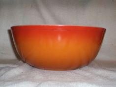 Pyrex 404 RED Orange Flameglo 4 Quart Mixing by thetrendykitchen, $23.99