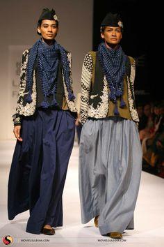 Sabyasachi Mukherjee at Lakme Fashion Week 2011