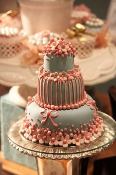 Pearlized Peachy Pink & Grey Little Cake