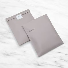 Gray Oversized Bag - Gray Washed Cotton Bag Source by - Clothing Packaging, Clothing Labels, Jewelry Packaging, Fashion Packaging, Paper Packaging, Bag Packaging, T Shirt Packaging, Label Design, Branding Design