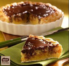 Pastel de almendras y chocolate Sweet Recipes, Cake Recipes, Dessert Recipes, Hispanic Desserts, Delicious Desserts, Yummy Food, Bolo Cake, My Dessert, Almond Cakes