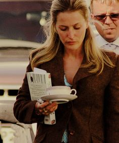 "gilliankatic: """"she's carrying around a cup of tea! this is the cutest thing"" """