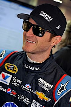 #KaseyKahne has finished in the top 10 for the past two races to kick off the 2014 season. #NASCAR