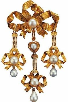Gold and pearl brooch, Paris, ca.1819-1838.