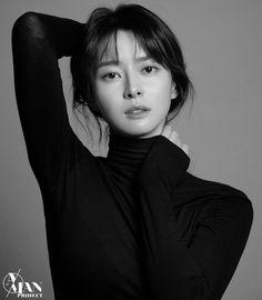 Kwon Nara confirmed for Itaewon Class with Park Seo-joon Model Poses Photography, Photography Women, Pose Portrait, Portrait Studio, Female Portrait, Jang Nara, Korean Actresses, Creative Portraits, Aesthetic Girl