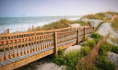 A Nicholas Sparks Tour of the North Carolina Coast MUST DO @Diane Haan Lohmeyer White for our trip this summer =)