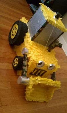 I needed a pinata to match Scoop of Bob the Builder, came out awesome! J Hatfield Bakes Construction Birthday Parties, Construction Party, 4th Birthday Parties, Birthday Ideas, Kids Party Themes, Party Ideas, Bob The Builder, Baby First Birthday, Room Mom