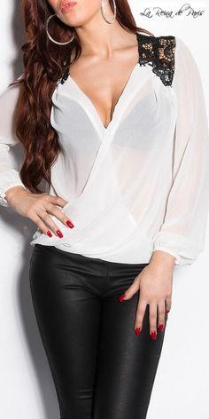Blusa elegante con bordados Jayden blanca