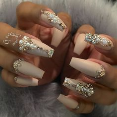 35 cute bling nail designs, 25 best ideas about bling nails on Fancy Nails, Bling Nails, Trendy Nails, Bling Wedding Nails, Bling Nail Art, Pearl Nails, Wedding Nails Design, Bridal Nails, Wedding Designs