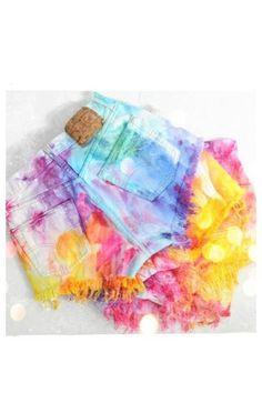 Tie dye shorts summer tie dye shorts, tie dye dress и diy cl Diy Shorts, Tie Dye Shorts, Tie Dye Dress, Dye Shirt, Rave Shorts, Tye Dye, Outfits For Teens, Cute Outfits, Tie Dye Crafts