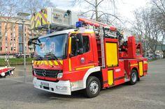 Camion de pompiers Mercedes