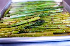 Oven Roasted Asparagus Recipe Side Dishes with asparagus, olive oil, kosher salt, ground black pepper Cooking Tips, Cooking Recipes, Healthy Recipes, Cooking Ham, Gourmet Cooking, Cooking Classes, Easy Cooking, Delicious Recipes, Healthy Food