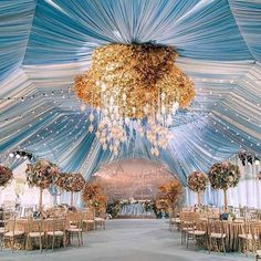 Talk about MAGIC! Be charmed by this amazing wedding decoration by Major crush on the whimsical light blue tent with a touch of gold and hanging lamps that creates a dreamy feel to the wedding! Who dreams this for Star Wedding, Tent Wedding, Luxury Wedding, Wedding Ceremony, Wedding Venues, Dream Wedding, Wedding Day, Blue Gold Wedding, Wedding Scene