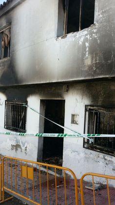 El tiroteo de ayer, en Mengíbar, continuó, de madrugada, con el incendio de una vivienda