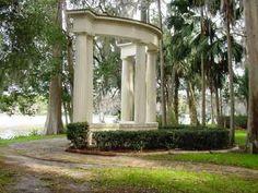 Kraft Azalea Garden  1365 Alabama Drive  Winter Park, FL 32789