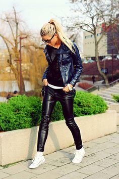 Leather Trousers Outfit, Faux Leather Pants, Leather Dresses, Leather Mini Skirts, Real Leather, Black Leather, Leather Jacket, Boots And Leggings, Wet Look Leggings