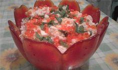 Крабовый салат с рисом - http://dolcebello.ru/salaty-s-moreproduktami/krabovyy-salat-s-risom/